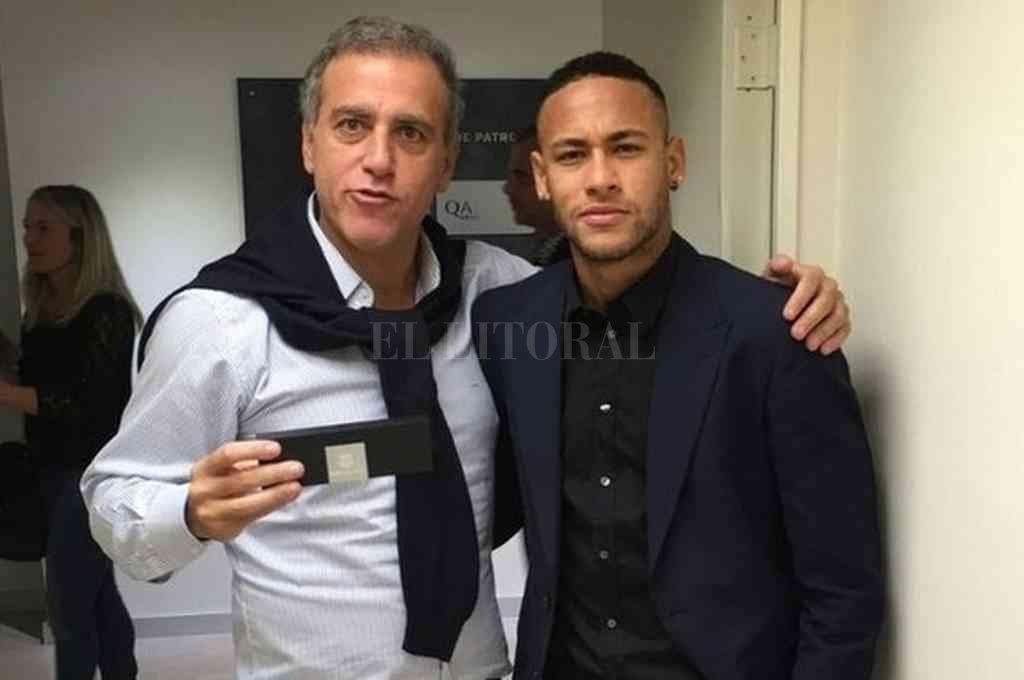 Andre Cury junto a Neymar. Crédito: Gentileza