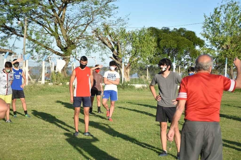 El regreso a los entrenamientos fue respetando estrictos protocolos sanitarios.    Crédito: Archivo El Litoral