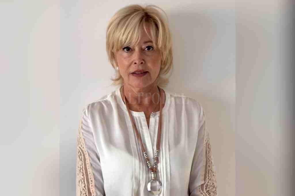 REFERENTE. Farm. Mirian del Pilar Monasterolo (M.P. N°3069), presidenta del Colegio de Farmacéuticos 1era. Circunscripción. Crédito: El Litoral.