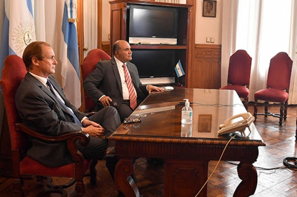Gustavo Bordet, gobernador de Entre Ríos, participó de la videoconferencia desde Tucumán. Crédito: Gentileza