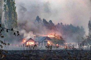 Ascienden a tres las víctimas fatales por los incendios en Chubut