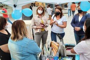 Betina Florito donó útiles escolares a organizaciones sociales de Santa Fe