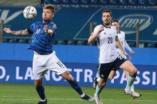 Italia venció a Irlanda del Norte en su debut