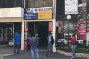 Una mujer fue apuñalada en pleno centro de Corrientes por su ex pareja