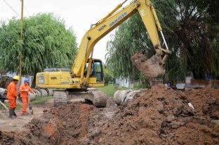Comenzaron las obras de asfalto y desagües en Las Lomas y Cabal