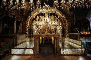 Jerusalén comenzó el Jueves Santo con una misa en el Santo Sepulcro