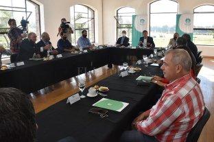 """Hidrovía: consideran que el Puerto Santa Fe """"no debe estar ausente en la planificación"""""""