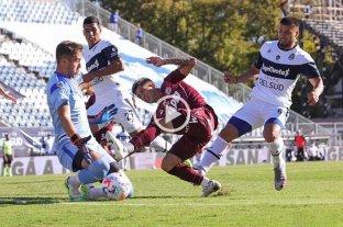 Lanús goleó a Gimnasia en La Plata y alcanzó a Vélez en la punta de la Zona B