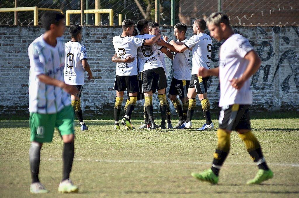 El Albo sigue multiplicando festejos, con goles en cantidad también ante San Cristóbal. Crédito: Pablo Aguirre