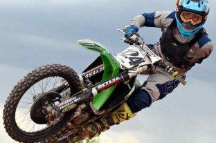 Un piloto de motocross falleció en un accidente en plena carrera