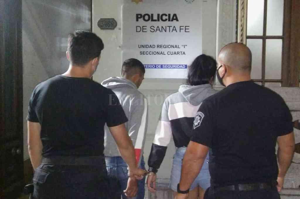 Quienes perpetraron el robo fueron una mujer de 22 años la que estaba acompañada por un jovencito, de 17. Crédito: El Litoral