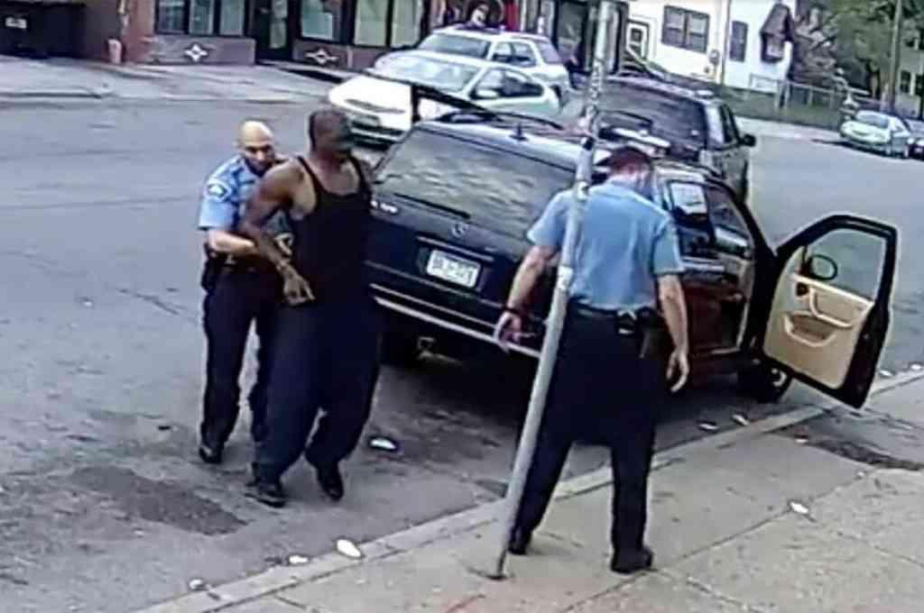 Momento en que los agentes arrestaban a George Floyd. Crédito: Imagen ilustrativa