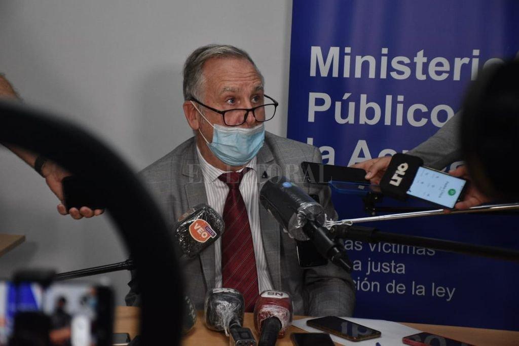 Un momento de la conferencia brindada por el doctor Marcelo Fontana, fiscal a cargo del caso. Crédito: Guillermo Di Salvatore
