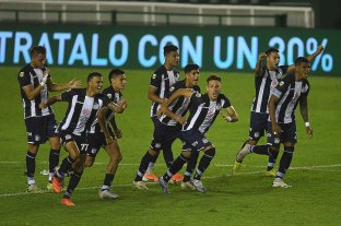 Talleres venció en los penales a Vélez y avanzó a los octavos de final de la Copa Argentina
