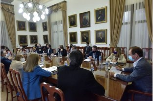 Entre Ríos indicó que garantizará las clases presenciales y la actividad económica
