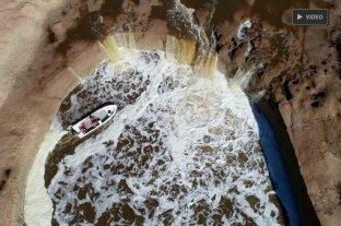 """La """"cascada"""" del Arroyo Colastine, un fenómeno natural de la región -"""