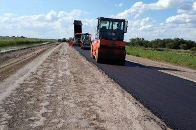 Realizan obras por más de $ 2.500 millones en rutas del centro y norte de la provincia