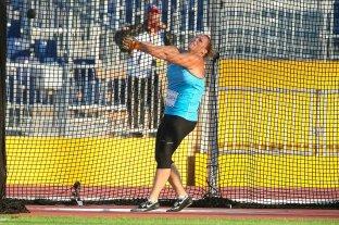 Jennifer Dahlgren anunció su retiro luego de ganar su duodécimo título de lanzamiento de martillo