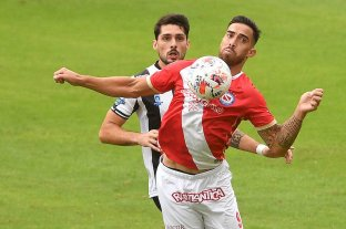 Argentinos y Central Córdoba empataron sin goles en La Paternal