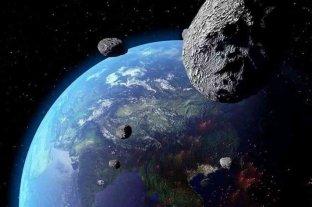 Un pequeño asteroide pasó muy cerca de la Tierra este lunes
