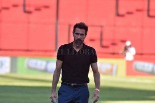 Eduardo Domínguez no hablará sobre la renovación de su contrato en Colón