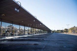 Permanece también en Rosario la protesta del sector de ómnibus de turismo - El Litoral
