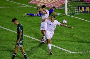 Huracán goleó a Sarmiento -