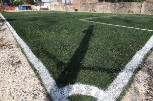 Video: harta de los robos, la dueña de un Fútbol 5 emboscó a dos ladrones en barrio Barranquitas