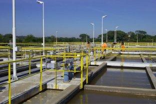 La rotura de un caño de agua afecta a varios sectores de Paraná