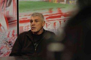 Unión: Con Rossi hay compás de espera