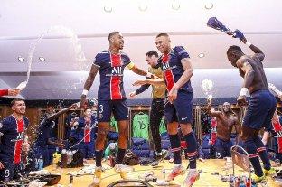PSG aguantó y eliminó al campeón