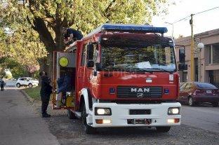 Firmat: con la gestión de Sacnun, los bomberos presentaron su nueva autobomba