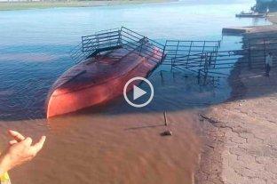 Video: se hundió una balsa en Gualeguay y se ahogaron decenas de novillos -