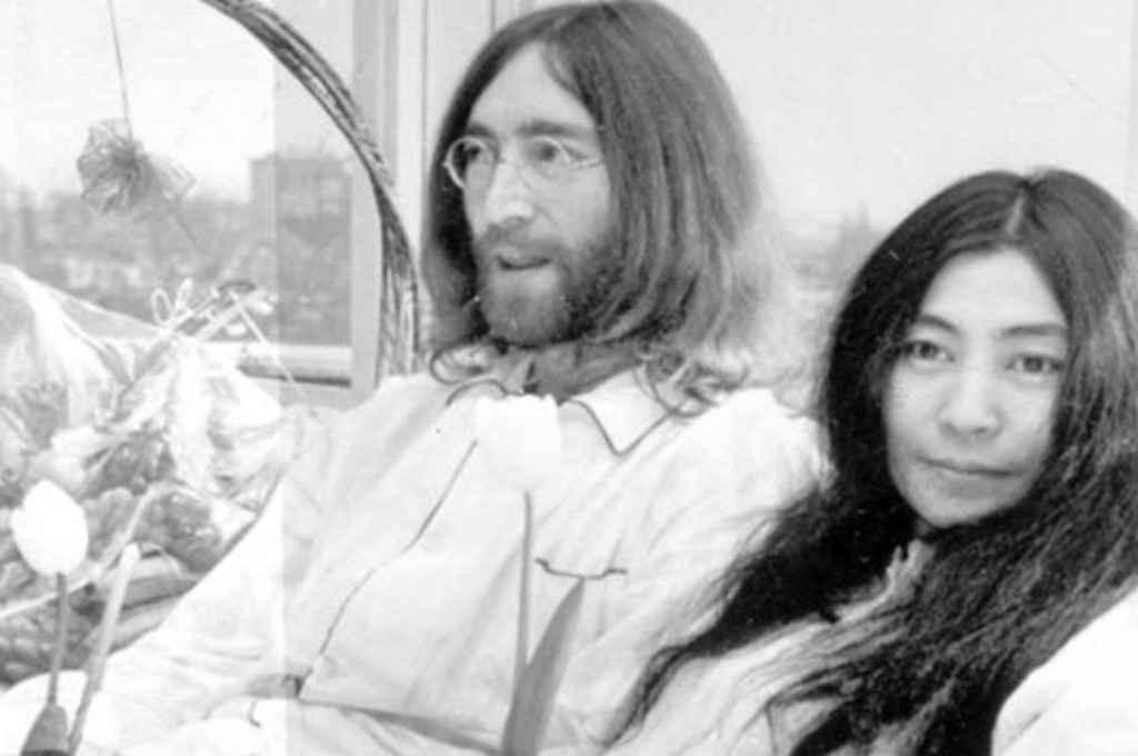 Jhon Lennon y Yoko Ono. Crédito: Gentileza