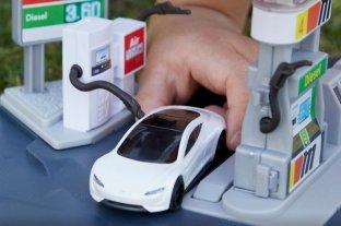 Los autitos de juguete ya replican a los híbridos y eléctricos