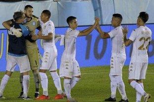 Racing sufrió pero derrotó a San Martín de San Juan en los penales por Copa Argentina
