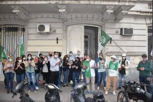 Trabajadores del ex Hospital de Niños protestan por el deterioro del edificio