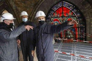 Macron visitó la catedral de Notre Dame en el segundo aniversario de su incendio