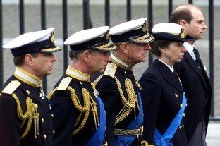 Se conoció la lista de los 30 asistentes al funeral de Felipe de Edimburgo