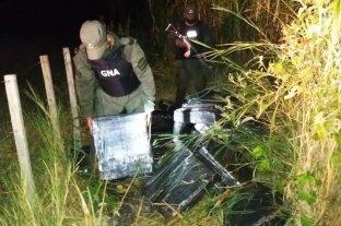 Misiones: encontraron 779 paquetes de marihuana en un monte