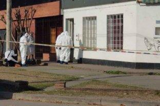 Hallaron a un hombre asesinado en su casa y buscan al homicida en las inmediaciones