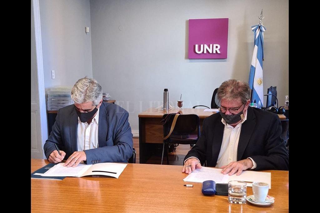 La iniciativa se plasmará en el marco del convenio celebrado entre el Ministerio de Cultura y la Universidad Nacional de Rosario. Crédito: Gobierno de Santa Fe