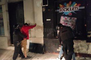 Detenidos tras robar en una casa de comidas