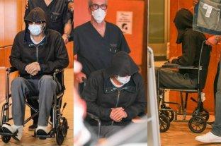 Preocupación: Brad Pitt salió en sillas de ruedas de un centro de salud