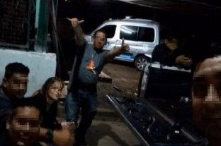 Desafectaron a 18 policías por realizar una fiesta clandestina -
