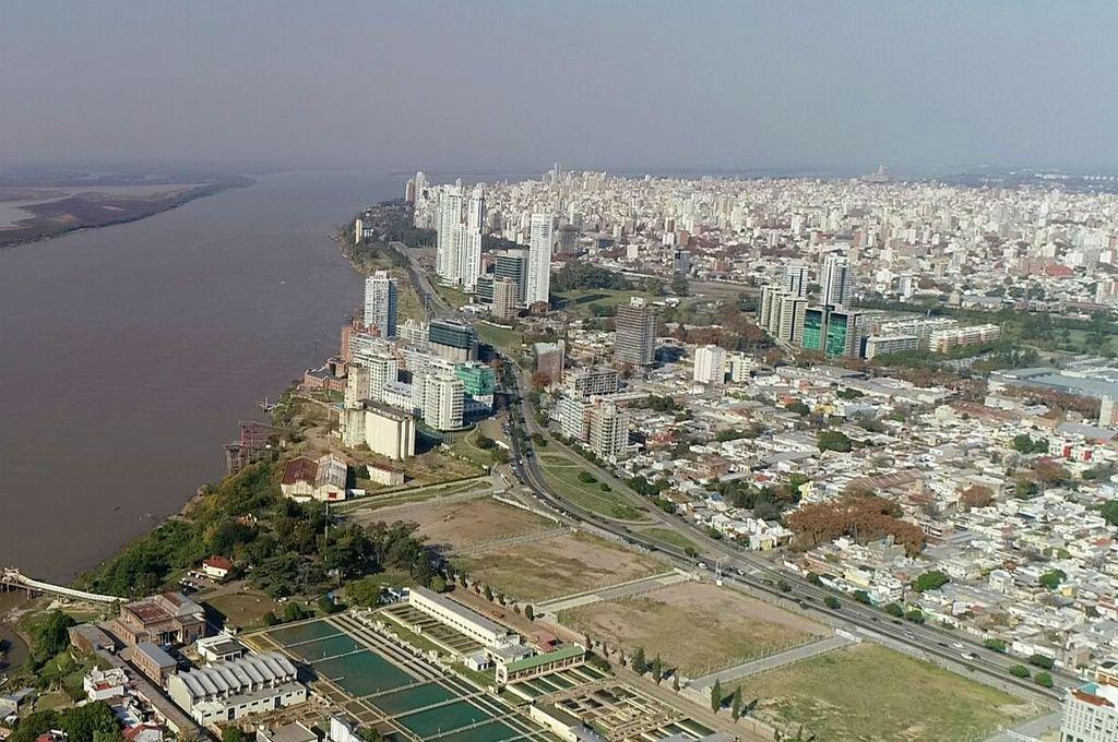 En el Gran Rosario son 800.000 votantes plañideros con la hambruna cerca y el laburo lejos. La Región Rosario está en oferta. Crédito: Fernando Nicola