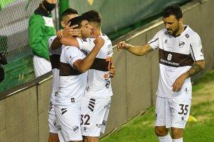 Platense derrotó a Banfield en el Florencio Sola
