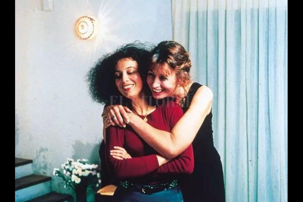 En el film, Isabelle y Magali son dos amigas que viven en un valle de la Provenza. Isabelle se ha empeñado en casar a Magali, que está viuda.  Crédito: Les Films du Losange