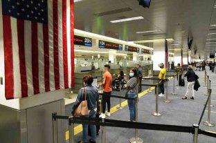 Estados Unidos ampliará las recomendaciones de no viajar al 80% de los países del mundo