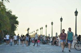 Expertos sugieren y el gobierno de Santa Fe evalúa medidas más severas -
